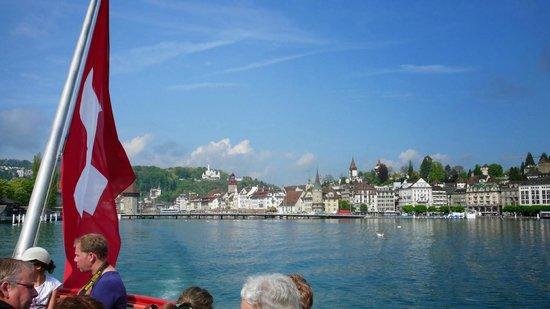 Mt. Rigi: Leaving Luzern with the boat