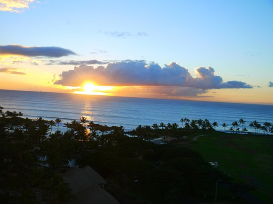 Marriott Ko Olina Beach Club : Beautiful Sunsets