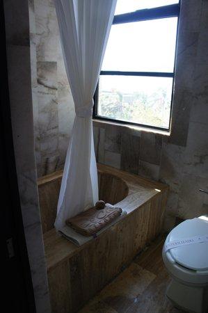 El Cid El Moro Beach Hotel: our Bathroom