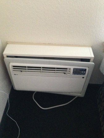 Ramada Groton: AC/heating unit coming out of the wall