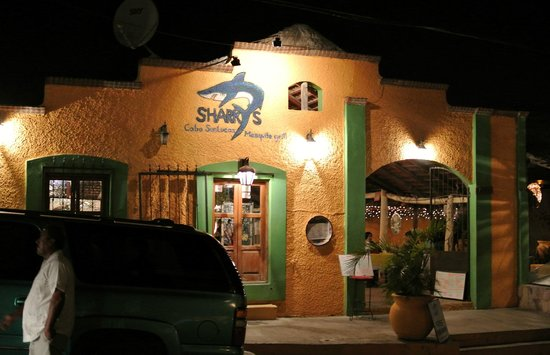 Sharky's Mesquite Grill : Sharky's