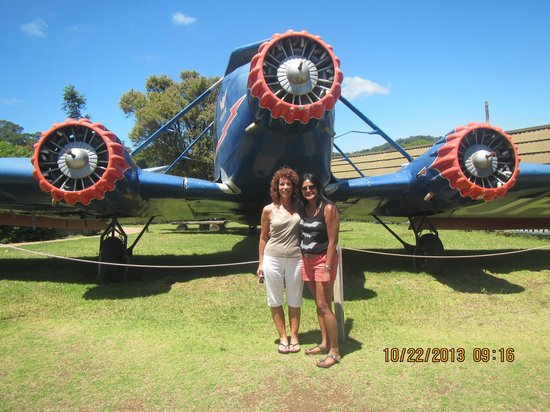 Hummer Safari 4WD Adventure Day Tours: lost plane