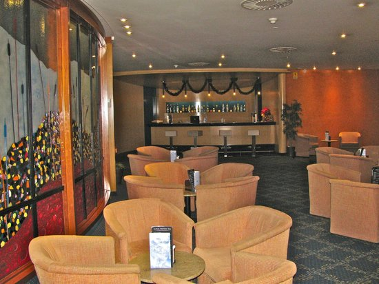 HCC Montblanc: Bar area and lounge