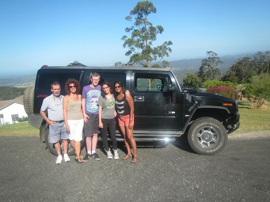 Hummer Safari 4WD Adventure Day Tours : group photo overlooking the gold coast