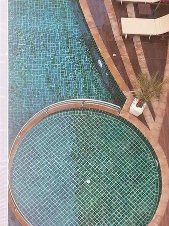 D Varee Diva Kiang Haad Beach: piscina