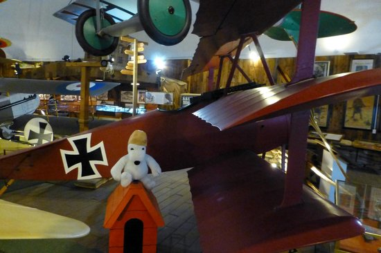San Diego Air & Space Museum : Snoopy and the Red Baron