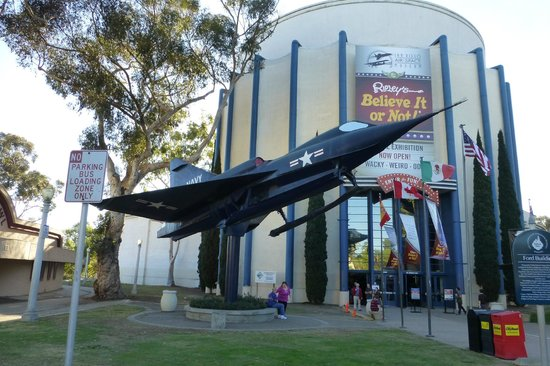 San Diego Air & Space Museum: Museum Entrance