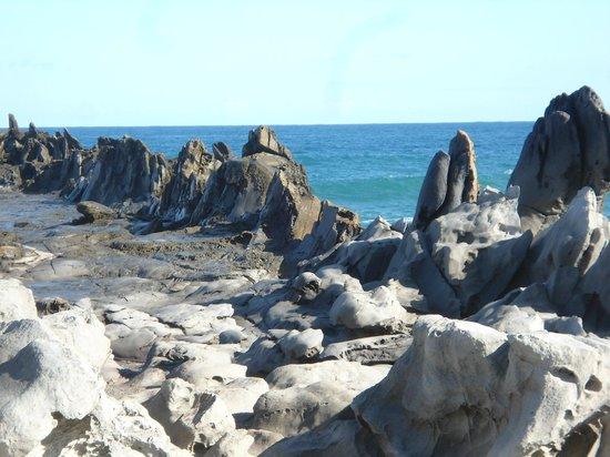 The Ritz-Carlton, Kapalua: Dragon's Teeth natural feature along shore