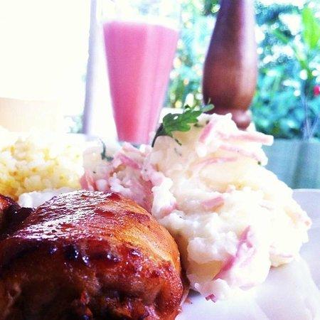Casa Oniri Hotel Boutique: Una deliciosa comida
