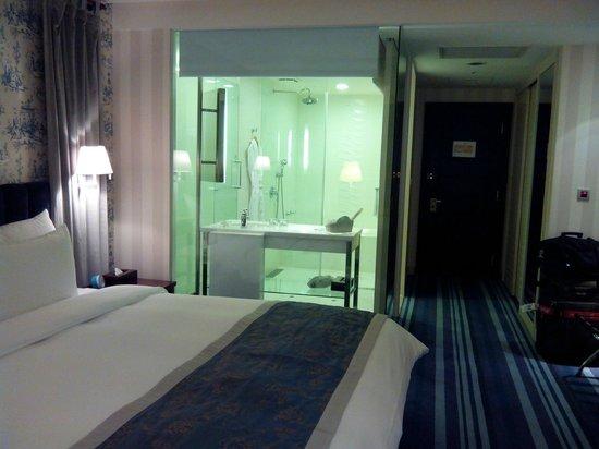 Grand Victoria Hotel : 房間乾淨明亮