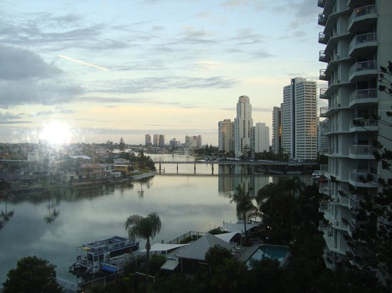 Tiki Village International Gold Coast: VIEW from dining & living area
