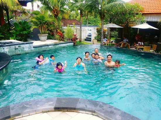 Natya Hotel Tanah Lot: Our family gathering @ New Years Eve
