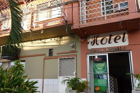 Banana Republic Hotel: getlstd_property_photo