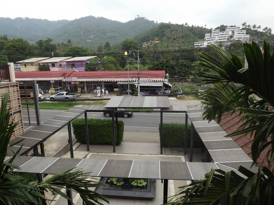 Mercure Koh Samui Beach Resort : Right on the main road-lots of noise