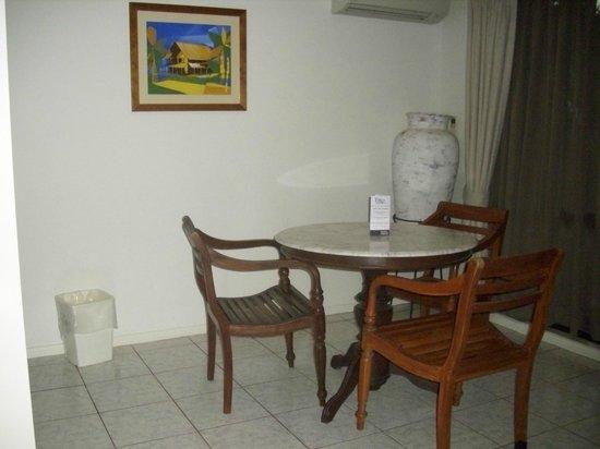 BreakFree Aanuka Beach Resort: Dining are