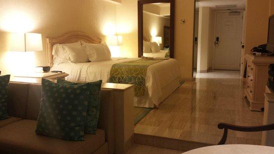 Grand Fiesta Americana Coral Beach Cancun: Jr. Ocean View Suite