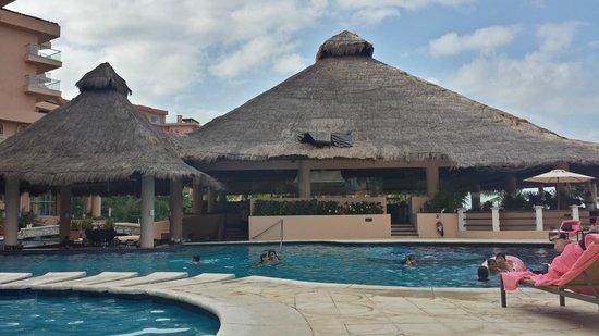 Grand Fiesta Americana Coral Beach Cancun: Isla Contoy and swim up bar