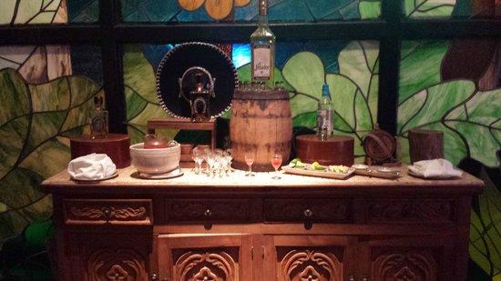 Grand Fiesta Americana Coral Beach Cancun: Tequila tasting at La Joya