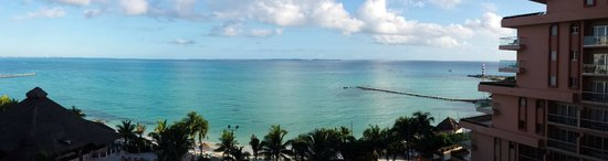 Grand Fiesta Americana Coral Beach Cancun: Partial view of the hotel and Isla Mujeres way at the horizon.