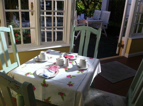 Birkenhead Manor Boutique Guest House: Breakfast included