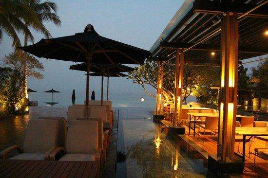 V Villas Hua Hin, MGallery by Sofitel: Resturant