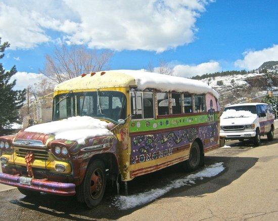 Oskar Blues Grill & Brew : The brewery bus