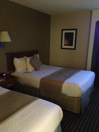Room 345 Victoria Inn  |  1808 Wellington Ave, Winnipeg, Manitoba