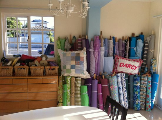 Birkenhead Manor Boutique Guest House: Home interieur shop in the hotel