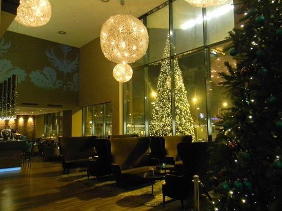 Motel One Wien Westbahnhof: View from the reception