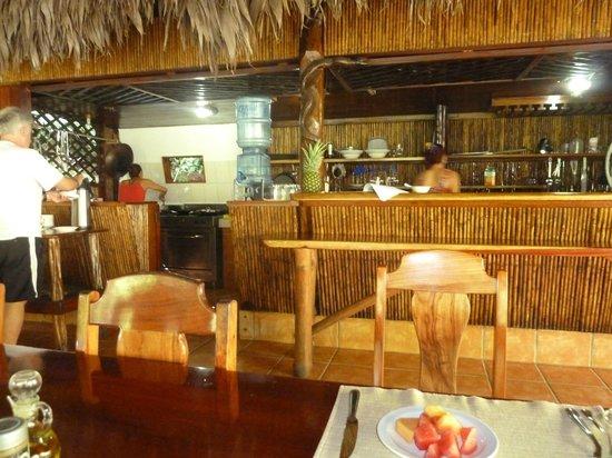 Encanta La Vida: Dining Area