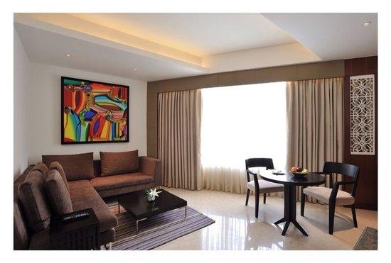 Anya Gurgaon, New Delhi NCR : Luxury Suite Living Room