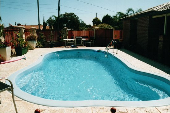 Southern River B&B: Outdoor heated pool