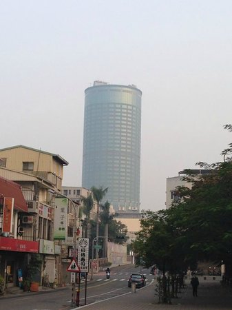 Shangri-La's Far Eastern Plaza Hotel Tainan: buliding