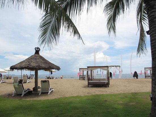 Grand Mirage Resort and Thalasso Bali: The resort's private beach
