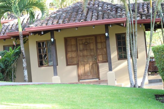 Hotel Borinquen Mountain Resort: villas