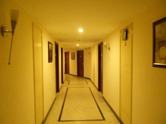 Accord Highland Hotel Ooty : Corridors