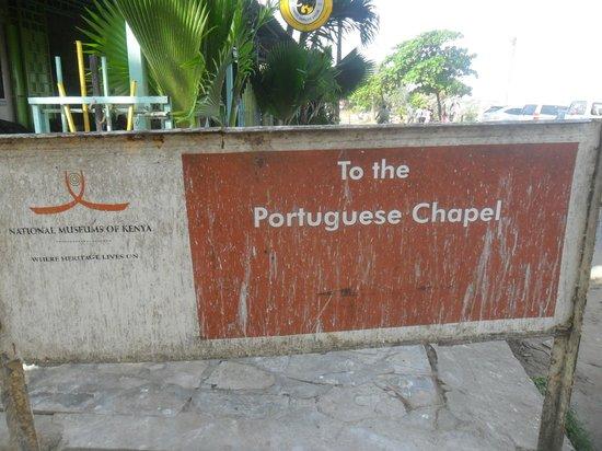 Portuguese Church: Outside the chapel