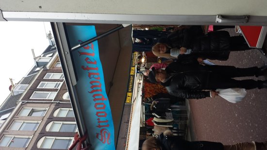 Albert Cuyp Markt : The stroopwafel stand I got mine from