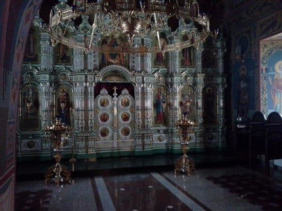 Pechersky Ascension Monastery : уникальный иконостас