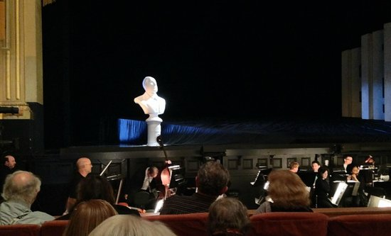 San Francisco Opera : Mr. Rossini