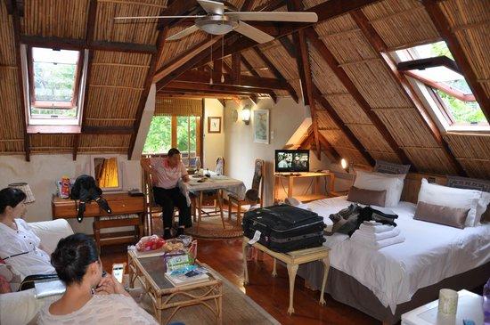 Glenhaven Cottages: Romm