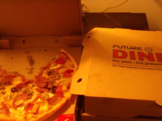 Future Diner: Crunchy Pizza Galore