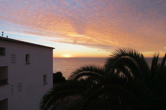 Silken Park Hotel San Jorge : sunrise from our balcony