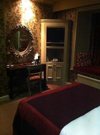 Whitley Hall Hotel: room 5