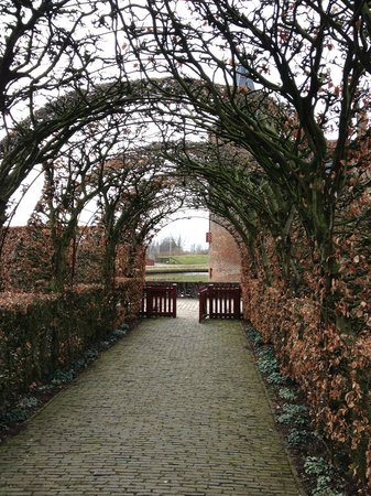 Kasteel Muiderslot : The park outside the castle