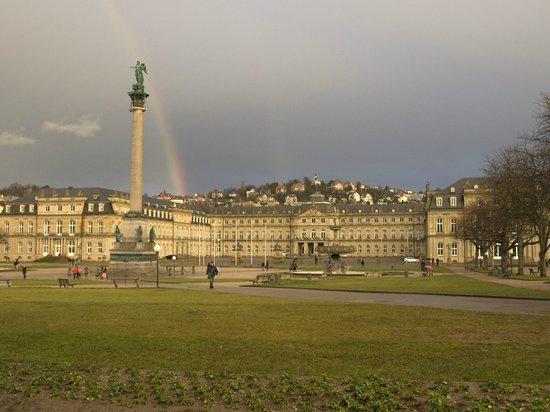 Palace Square (Schlossplatz) : Schlossplatz