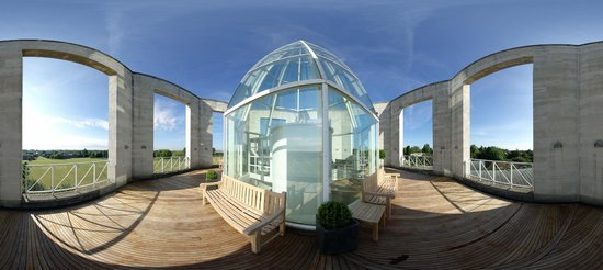 The Moller Centre: Tower Roof Terrace