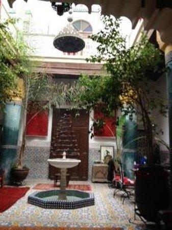 Riad Bibtia : The patio