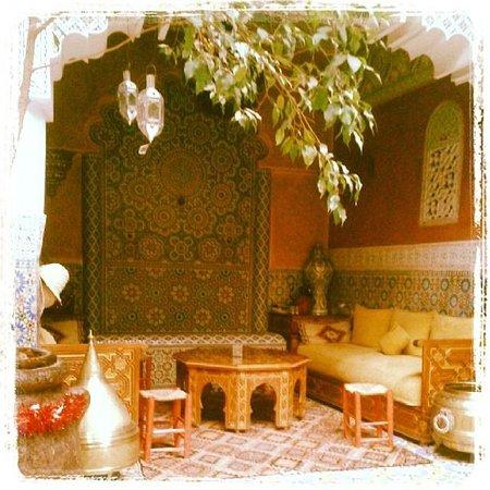 Riad Bibtia : Dining
