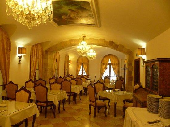 Charles Bridge Palace : salle du petit déjeuner